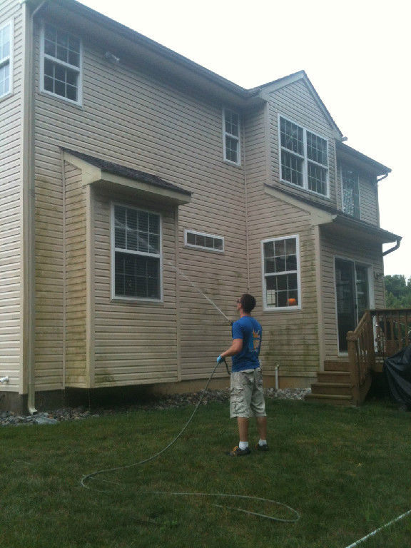Exterior house washing 1st state window cleaning call now for estimate for Cleaning exterior house windows